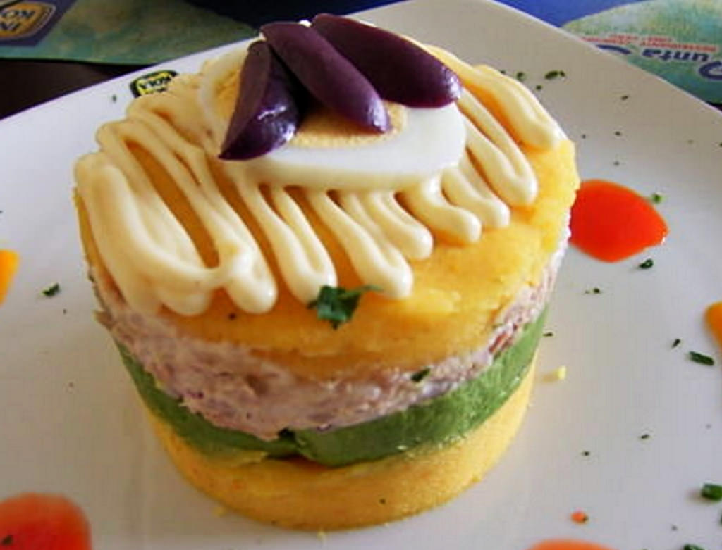 appetizer chicken avocado